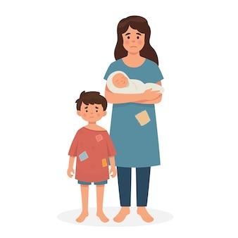 열악한 상태의 어머니, 아들 및 아기