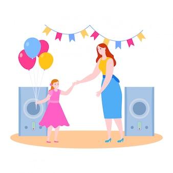 母の娘イラスト、漫画の笑顔のママと子供の女の子のキャラクターは、白のパーティーで一緒に楽しい時を過す