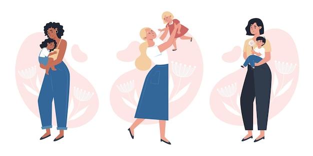 День матери, мамы с маленьким ребенком на руках