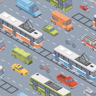 道路を走行するさまざまなタイプの自動車