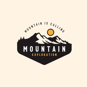 산 모험과 야외 빈티지 배지 템플릿.