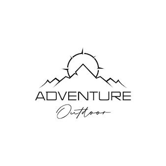 山とコンパスアウトドアアドベンチャーロゴデザインベクトル