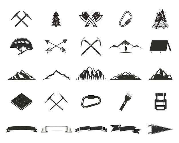 山探検シルエットアイコンを設定します。登山とキャンプの形のコレクション。シンプルな黒のピクトグラム。ロゴ、ラベル、その他のアドベンチャーデザインを作成するために使用します。白で分離されたベクトル。