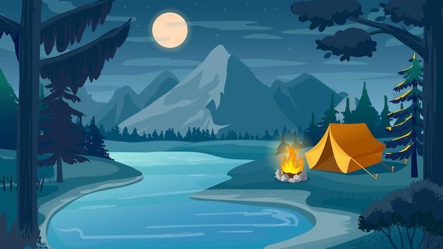山の夜のキャンプ。湖、テント、キャンプファイヤー、月と空の漫画の森の風景。ハイキングの冒険、自然観光のベクトルシーン。夜のキャンプ、月と夕暮れのイラストのテントの近くの火