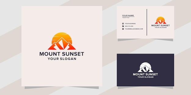夕日のロゴのテンプレートと山