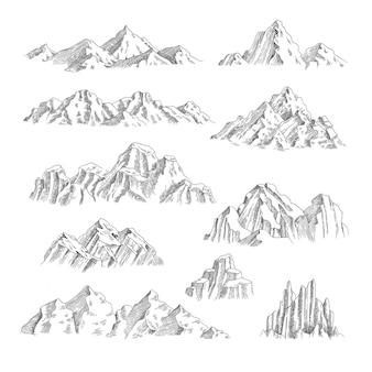 산 스케치. 야외 야생 자연 바위와 산 컬렉션 손으로 그린 세트.