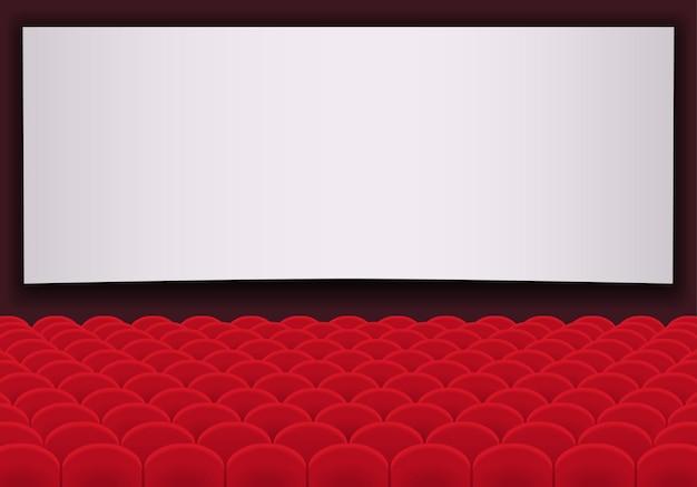 빨간색 좌석과 빈 흰색 화면의 행과 영화관. 시네마 강당.