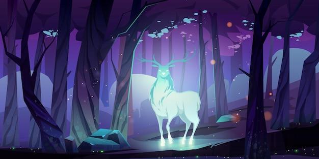 밤에 어두운 숲에서 신비로운 빛나는 사슴 실루엣