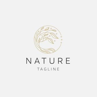 Натуральное дерево цветок элегантный золотой цвет логотип значок дизайн шаблона плоские векторные иллюстрации