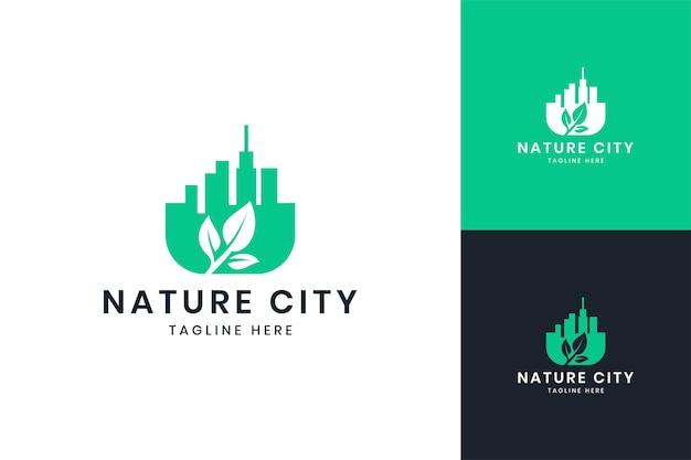 Дизайн логотипа негативного пространства города природы