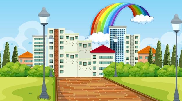 Scena del paesaggio naturale con molti edifici sullo sfondo della città