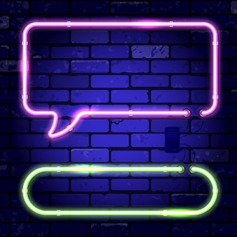 ネオンフレーム看板。レンガ壁の看板に明るい夜の看板。吹き出しと角丸長方形のフレーム。現実的なネオンアイコン