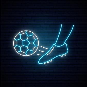 Неоновый футбольный знак.