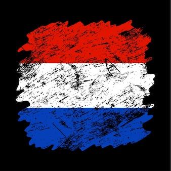 네덜란드 플래그 그런 지 브러시 배경입니다. 오래 된 브러시 플래그 벡터 일러스트 레이 션. 국가 배경의 추상 개념입니다.