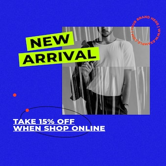 Nuovo modello di arrivo con sfondo blu retrò per il concetto di influencer moda e tendenze trends