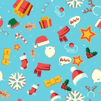新年のシンボル。クリスマス休暇のシームレスなパターン、サンタクロースの帽子とひげ、トナカイの角、靴下とギフトの壁紙、テキスタイルと包装紙、ベクトルテクスチャの冬のクリスマス休暇のデザイン