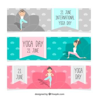 Striscioni yoga nizza con donna facendo esercizio