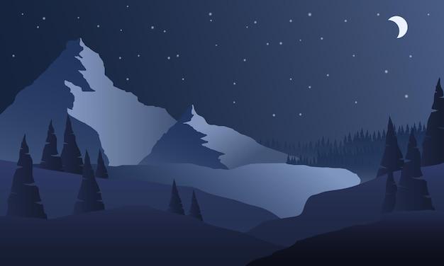 山の夜。山の風景を彩ります。