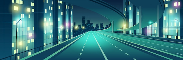 Ночной мегаполис пустой, четырехполосный, освещенный уличными фонарями скоростной автомагистрали, городской автострады с эстакадой или мостом сверху, идущим к небоскребам зданий на горизонте мультяшный векторная иллюстрация