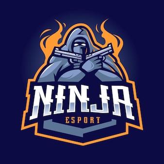 Дизайн логотипа талисмана ниндзя. злой ниндзя с пистолетом для киберспортивной команды