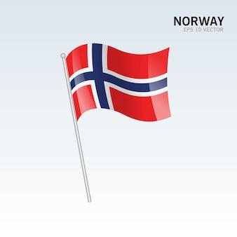 Норвегия развевающийся флаг, изолированных на сером фоне