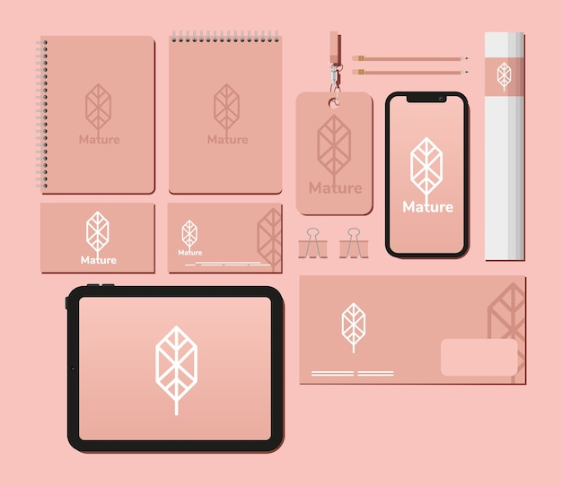 Блокноты и связка элементов набора макетов в розовом дизайне иллюстрации