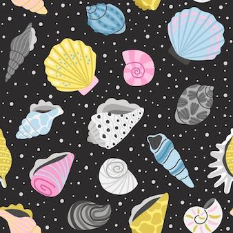 海の貝殻のシームレスなパターン。漫画の海のオブジェクト、装飾のための手描きのカラフルなシェル、海の宝の概念の要素、ベクトルイラスト海のシェルの背景
