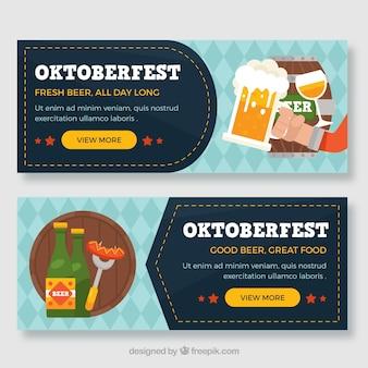 Bandiere oktoberfest con bevande e cibo