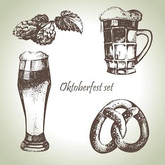 オクトーバーフェストのビール、ホップ、プレッツェルのセット。手描きイラスト