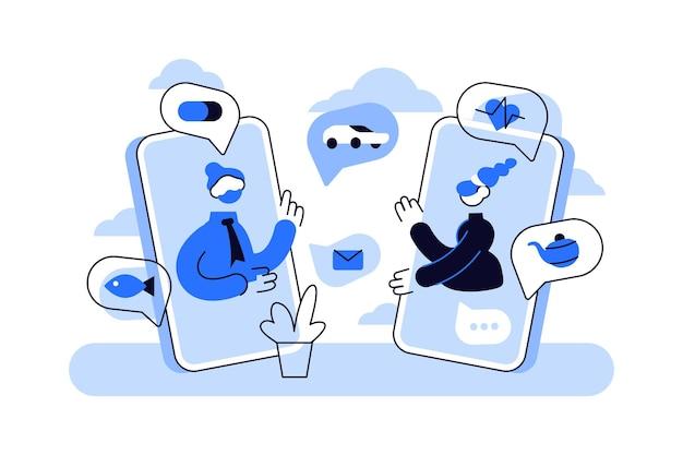 Пожилые семейные пары мужчина и женщина общаются с помощью видеозвонка на смартфон