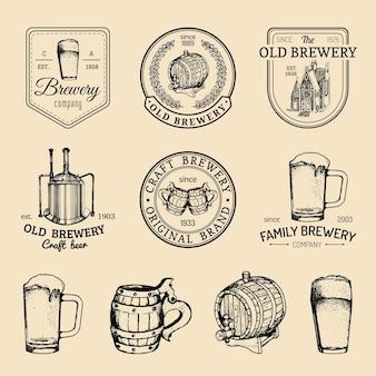 오래 된 양조장 로고를 설정합니다. 크래프트 맥주 복고풍 표지판 또는 아이콘. 빈티지 에일, 라거 라벨 또는 배지.