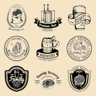 오래 된 양조장 로고를 설정합니다. 크래프트 맥주 복고풍 표지판 또는 아이콘. 빈티지 자작 레이블 또는 배지.