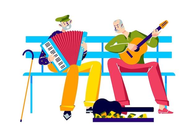 Старики уличные музыканты играют на гитаре и аккордеоне, сидя на скамейке на открытом воздухе