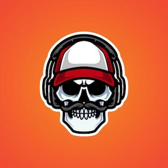 Old skull streamers head logo