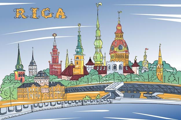Старый город и река даугава, рига, латвия