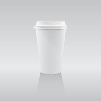 コーヒーのための1つの空白の白い紙コップ