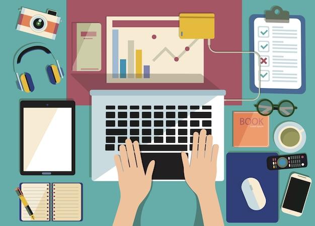 Онлайн обучение, дистанционное обучение, рабочее место с монитором, книги, блокнот, карандаш. вид сверху
