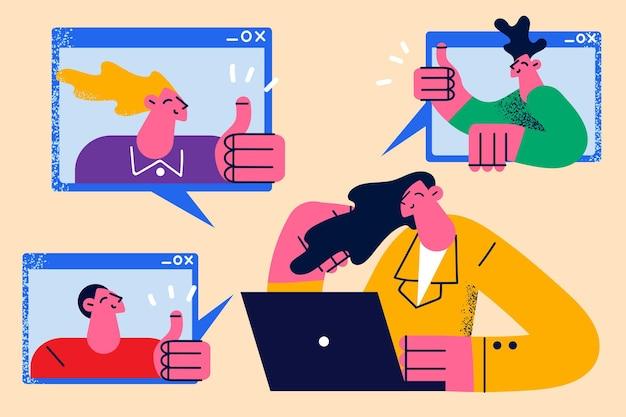 온라인 회의 및 화상 채팅 개념입니다. 팬데믹 및 검역 벡터 일러스트레이션에서 온라인 회의 중 화면에서 엄지손가락을 치켜드는 동료 만화 캐릭터 동료 그룹