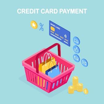Концепция покупок в интернете. оплата кредитной картой. изометрическая корзина с деньгами, отзывы покупателей, значки магазинов, сумки