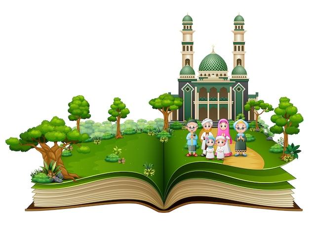 Открытая книга с счастливой мусульманской семьей перед мечети