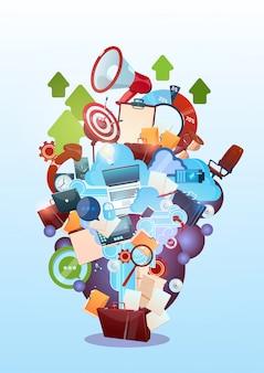 Открытый портфель, маркетинг, работа в команде, документ и целевая концепция деловой жизни