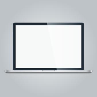白で隔離された空白の画面で現代のラップトップを開く