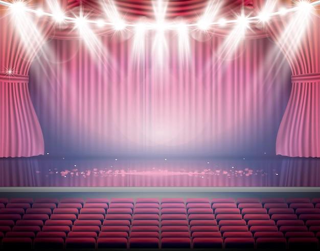 座席とネオンスポットライト付きのオープンレッドカーテン。劇場、オペラ、映画のシーン。床に光を当てる。