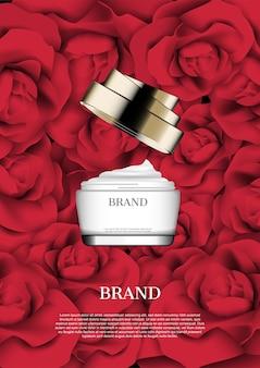 赤いバラの背景に開いたクリーム