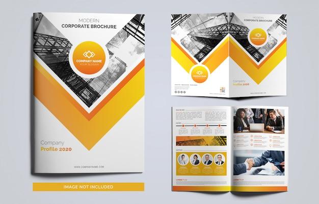 オレンジと黒のビジネスパンフレットテンプレート