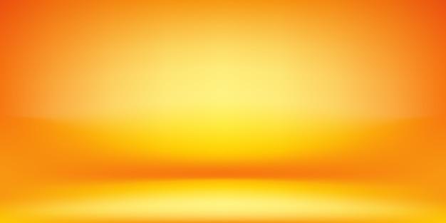 Оранжевый и желтый фон студии.
