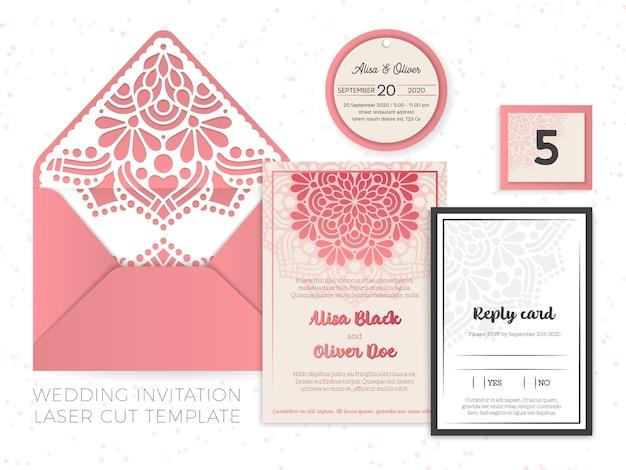 Декоративное приглашение в винтажном стиле