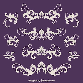 ヴィンテージスタイルの装飾品コレクション
