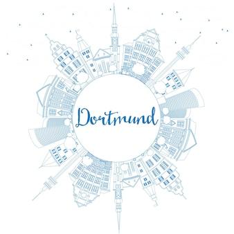 Очертите горизонт дортмунда с синими зданиями и копией пространства. векторные иллюстрации. деловые поездки и концепция туризма с исторической архитектурой. изображение для презентационного баннера и веб-сайта.