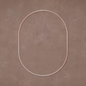 Овальная бронзовая рамка на коричневом фоне